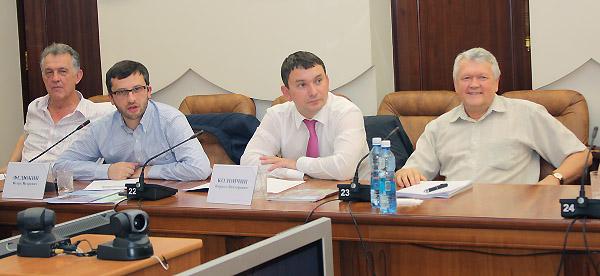 Первая открытая дискуссия представителя Минобрнауки России с учёными в Сибири