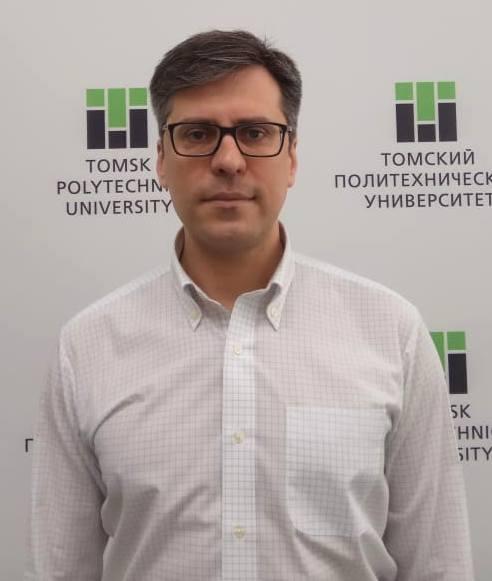 Maksim N. Volkov