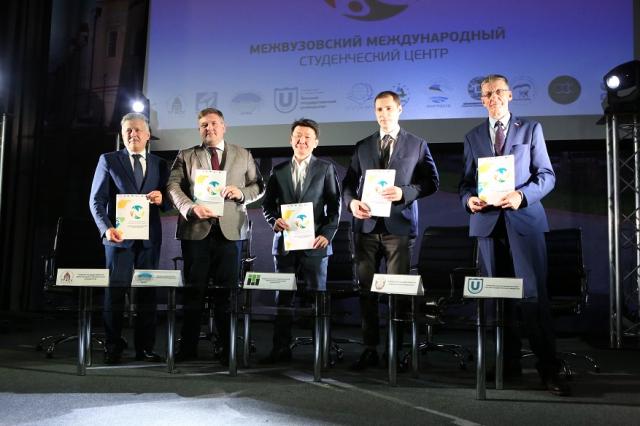 ТПУ вместе с университетами Томска создает межвузовский центр по работе с иностранными студентами