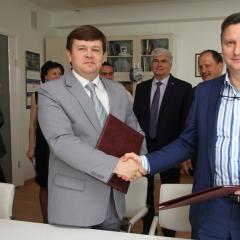 Томский политех и РКК «Энергия» подписали дополнительное соглашение по обучению магистров в области технологий космического материаловедения
