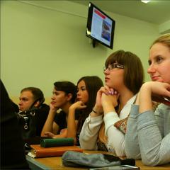 Студенты-отличники вновь помогут политехникам подготовиться к сессии