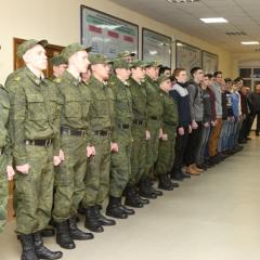 Сегодня «новобранцы» военной кафедры ТПУ приняли участие в торжественном построении