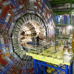 Ученые ТПУ разрабатывают новейший инструментарий для Большого адронного коллайдера