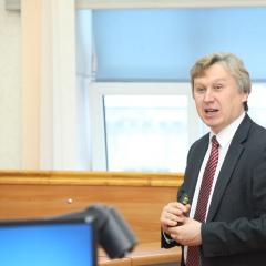 Студенты ТПУ впервые в истории Томска присоединились к физическому анализу данных Большого адронного коллайдера