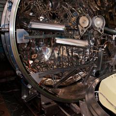 Магистранты-физики будут создавать в ТПУ защитные покрытия для спутников ГЛОНАСС