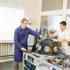 Магистранты, выбравшие программу «Техника и физика высоких напряжений», смогут получить дипломы ТПУ и немецкого университета