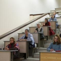 Врачи-косметологи из России и Беларуси изучают в ТПУ лазерную физику