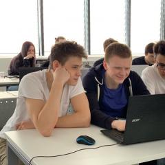 Школьники из разных регионов страны запрограммируют «умный город» на хакатоне в ТПУ