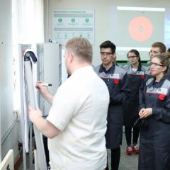 На Фабрике процессов студенты и преподаватели ТПУ осваивают бережливое производство