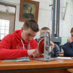 Дополнительные баллы при поступлении в ТПУ получат победители конкурса для юных физико-техников