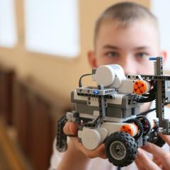 Томские школьники построят яхты и соберут роботов на зимних каникулах в ТПУ